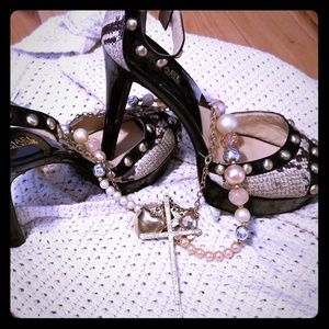 Michael Kors beautiful snake skin heels